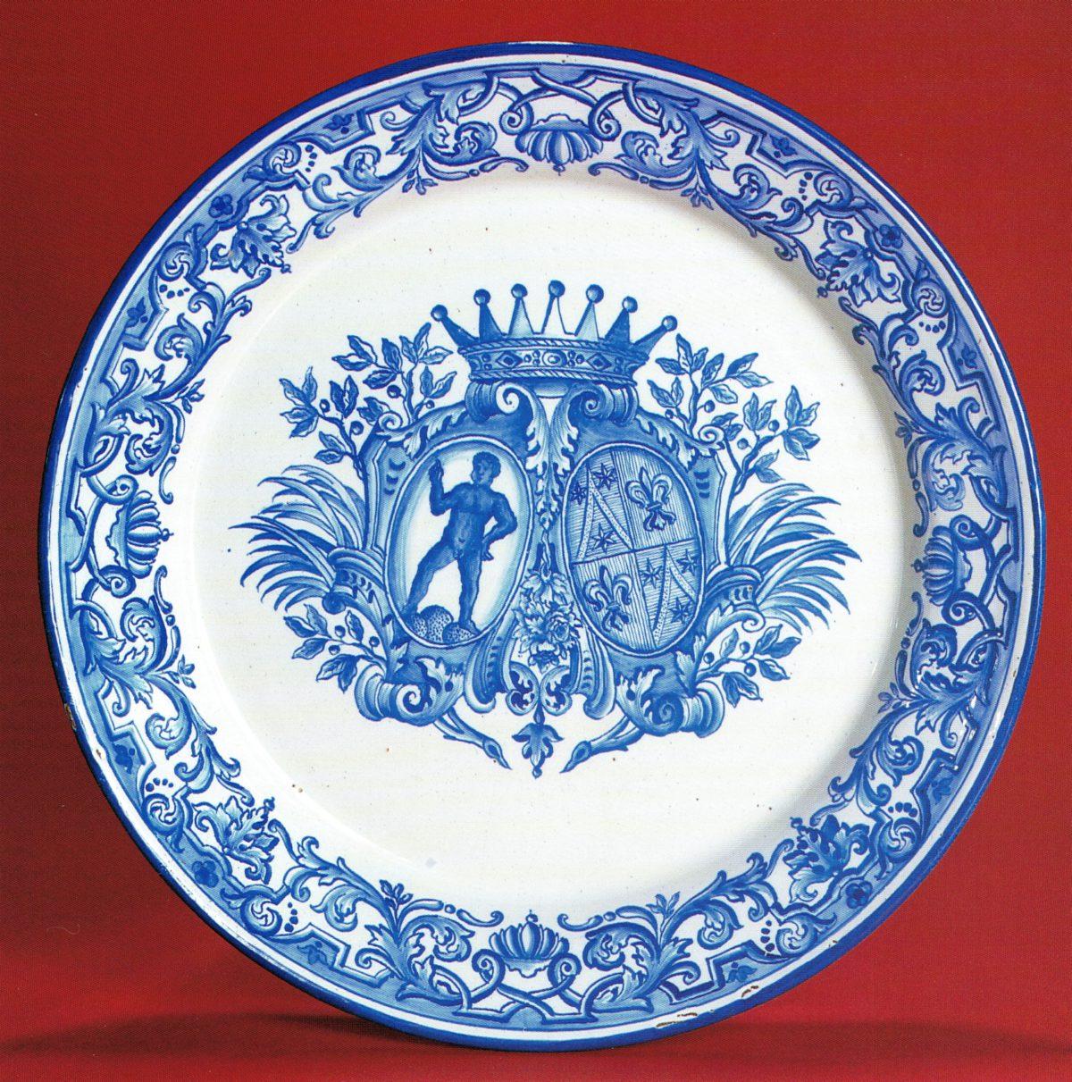 German-Faience-Bayreuther Wappenteller um 1745
