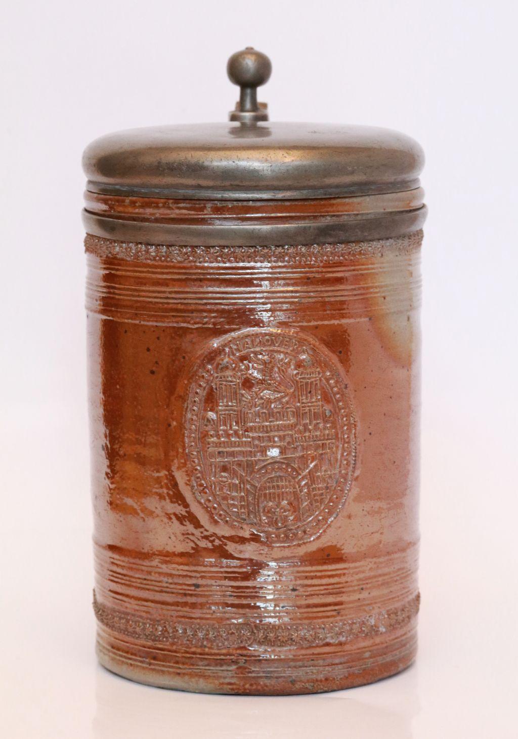 17th century saltglazed stoneware stein Raeren Steinzeug Tankard um 1700