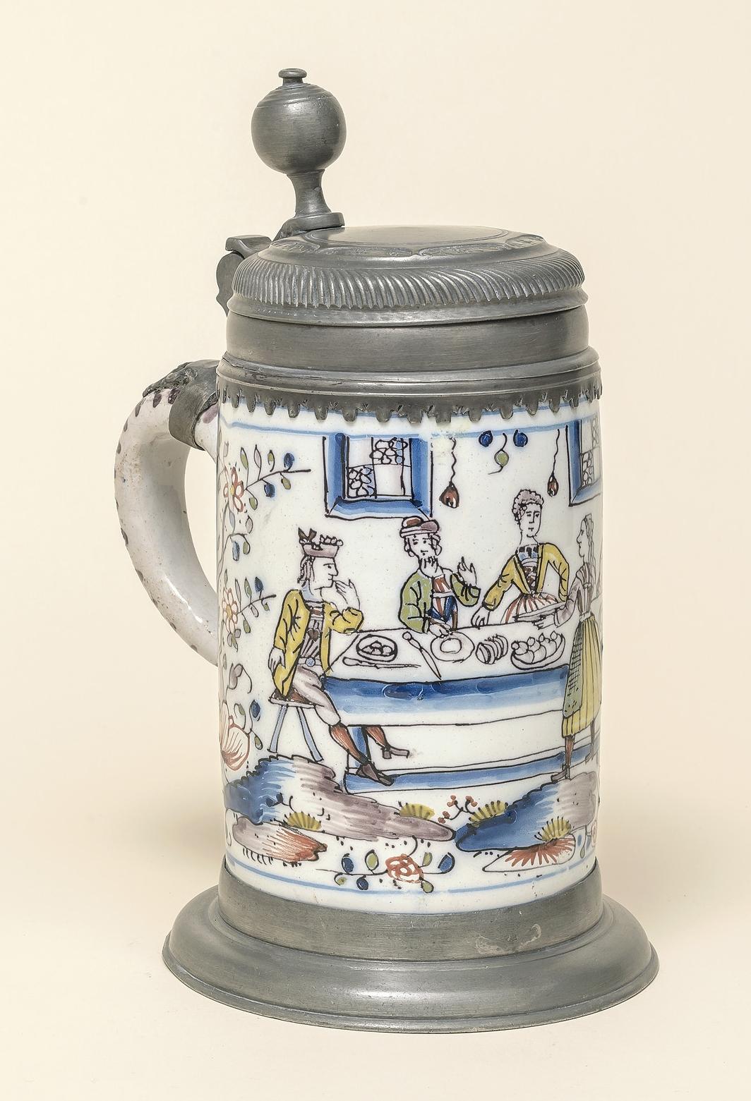 Erfurter Fayencewalzenkrug um 1745 - Fayence Steinzeug Vogt Rathaus München