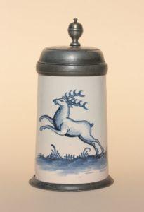 """Bayreuth Tankard ca. 1760 Manufakturmarke """"BPF"""", H. 23 cm"""