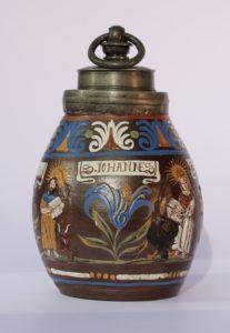 17th century Saltglazed Stoneware Creussen Bottle with Evangelisten ca. 1680