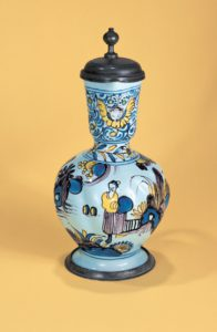 frankfurter-fayence-enghalskrug-um-1690