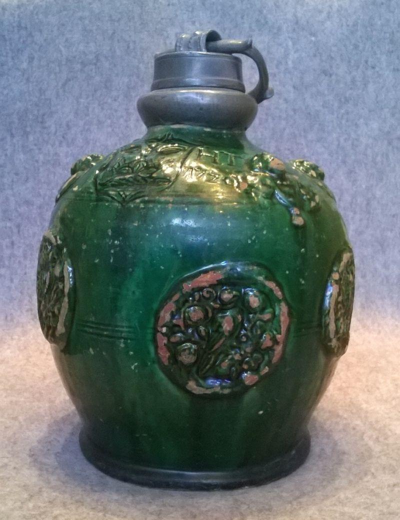 hafnerkeramik-flasche-winterthur-1720-datiert
