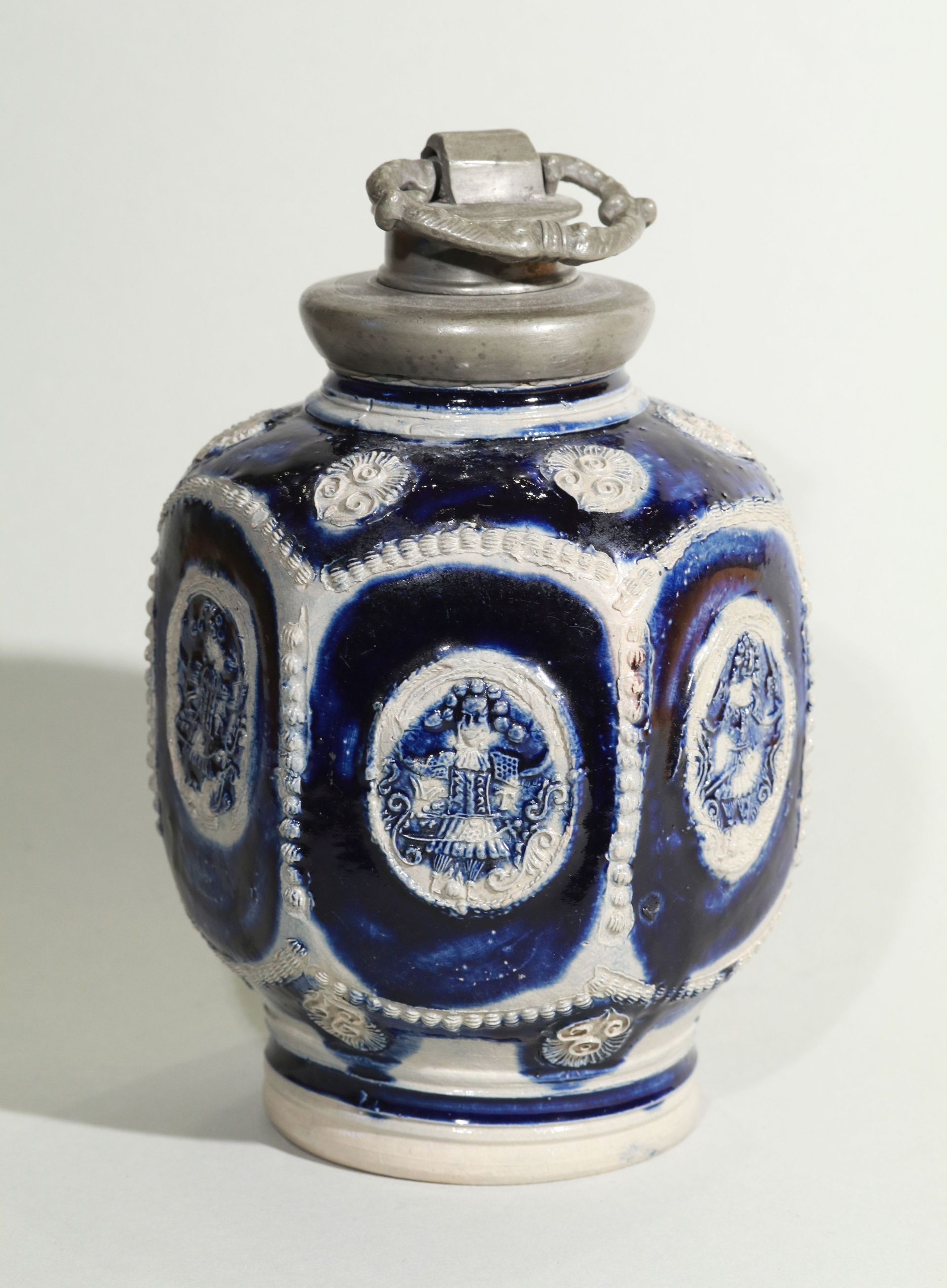 17th century blue salt glazed stoneware-westerwald-kruke-flasche-ca-1690