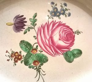proskau-fayence-rose-muffelfarben-um-1800