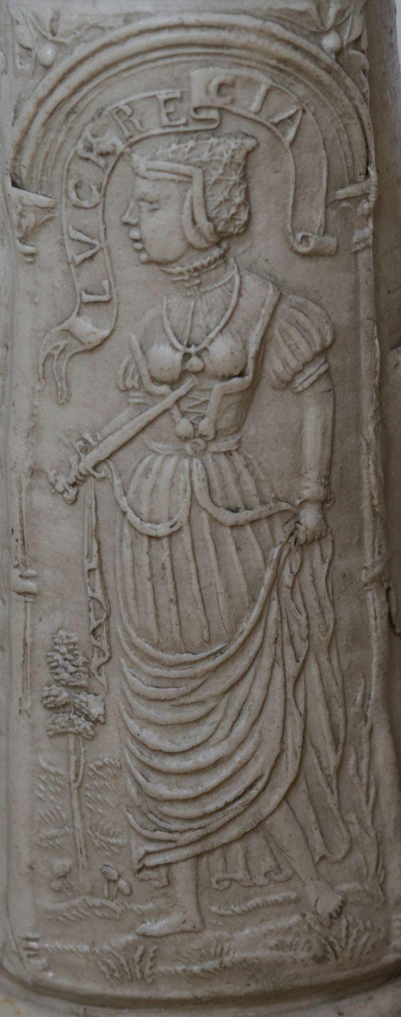 Details saltglazed stoneware Siegburger Schnelle 1565 datiert Auflage Lucretia