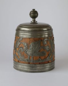 Kulmbache Daubenkrug Pewter Wood early 18th century