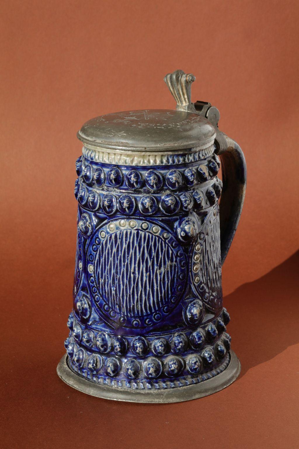 17th century saltglazed stoneware Muskau Walzenkrug um 1663