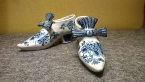 18th century Delft blue and white faience shoes ca.1750